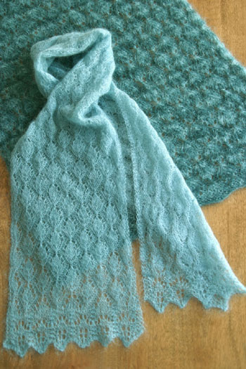 Knit Lace Stitch Scarf : Lace Knitting Patterns - Knitted Lace Shawls and Scarves